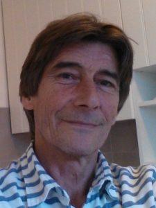 Portretfoto van Nol Janssen, schrijver voor de VOLtreffer